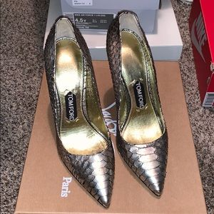 Tom Ford Classic Python Pump